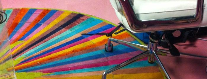 Pink Floor Studio is one of Tempat yang Disukai Brooke.