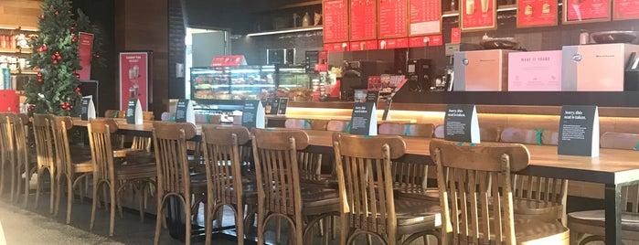 Starbucks is one of Tempat yang Disukai Sinem.