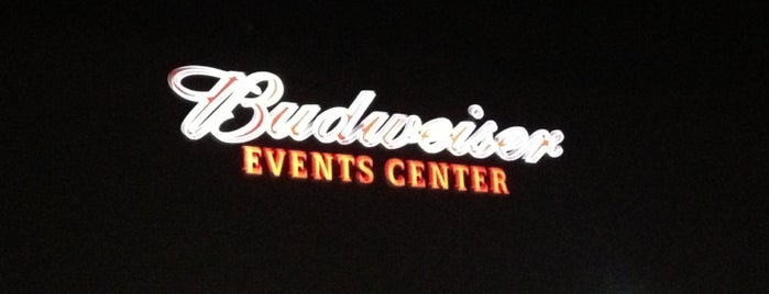 Budweiser Events Center is one of Tempat yang Disukai Anthony & Katie.