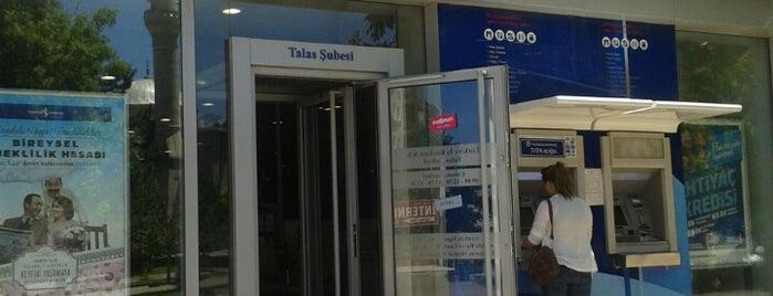 Türkiye İş Bankasi is one of Locais curtidos por Yunus.