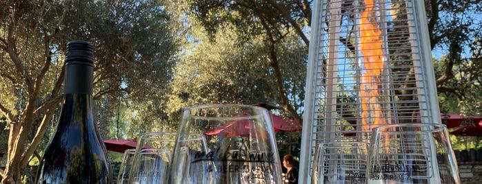 Malibu Wine & Beer Garden is one of Tempat yang Disukai Fabio.
