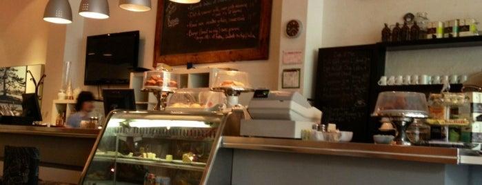 Em Café is one of Montréal.