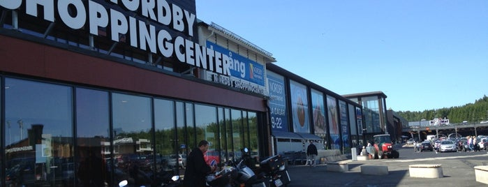 Nordby Shoppingcenter is one of Lieux qui ont plu à Anna.