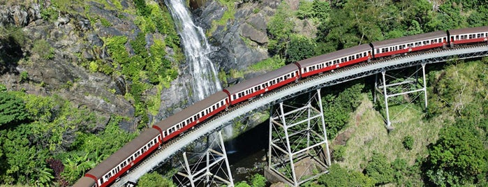 Kuranda Scenic Railway is one of Orte, die T. gefallen.