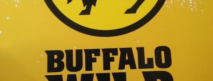 Buffalo Wild Wings is one of Lieux qui ont plu à Matt.