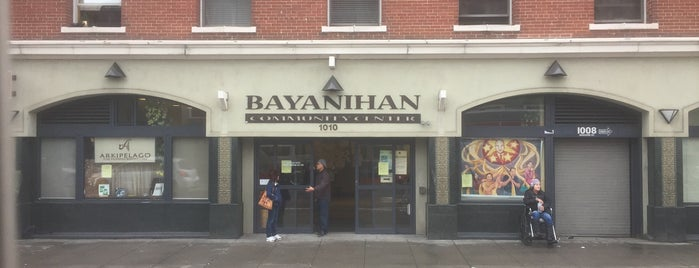 Bayanihan Community Center is one of Lieux qui ont plu à Glenda.