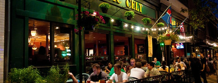 Mystic Celt is one of Chicago Bars (non-gay) that I Love.
