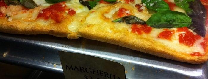 La Margarita Pizzeria is one of Christian 님이 좋아한 장소.