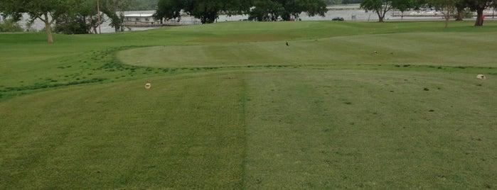 Lake Hefner Golf Course is one of Gespeicherte Orte von Tyler.