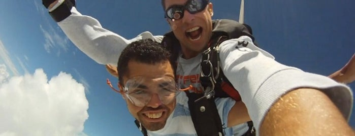 skydive orlanpa is one of Tempat yang Disukai Osman.