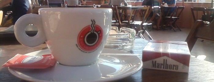 Café Santo de Casa is one of Coffee & Tea.
