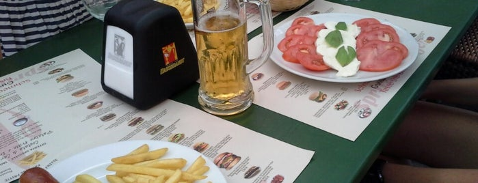 Spritz & Burger is one of Locais curtidos por Francesco.