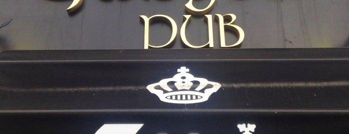 Glasgow Pub is one of Tempat yang Disukai Alex.