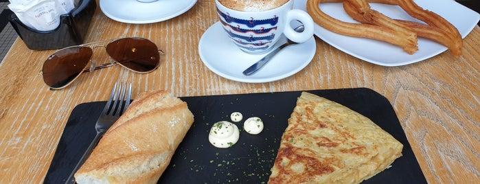 Café del Rey is one of Desayunos y meriendas en Madrid.