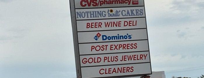 Seminary Beer, Wine & Deli is one of Posti che sono piaciuti a John.