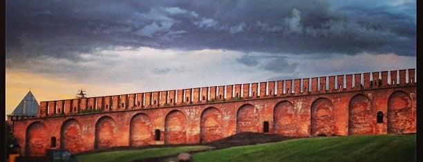 Смоленская крепостная стена is one of Russia10.