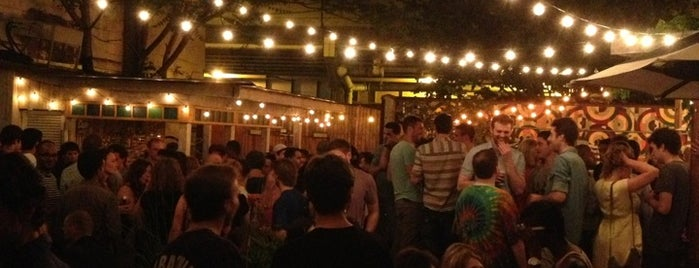 Union Pool is one of rooftop/outdoor drinking..