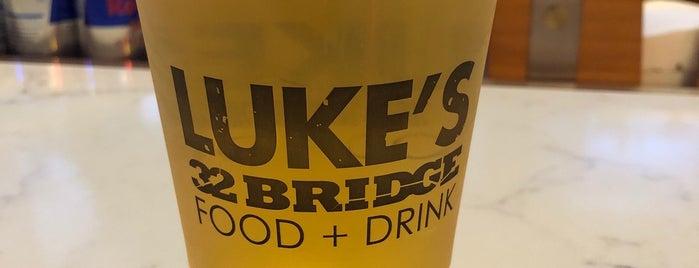 Luke's 32 Bridge is one of สถานที่ที่ Connie ถูกใจ.