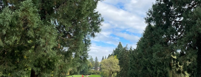 Eastmoreland Golf Course is one of Portland Adventures.