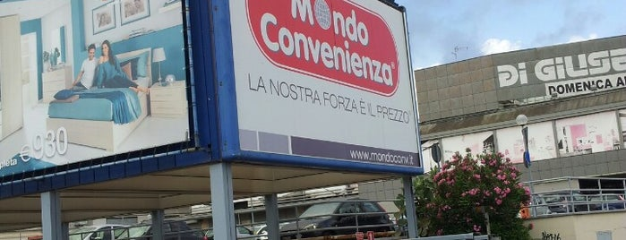 Mondo Convenienza is one of Mariaさんのお気に入りスポット.