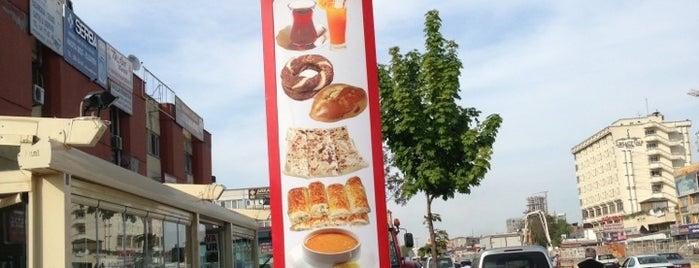 Feyzan Cafe is one of สถานที่ที่บันทึกไว้ของ 💞💕Ysmin.
