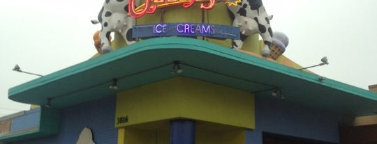Amy's Ice Creams is one of Lugares favoritos de Rebecca.