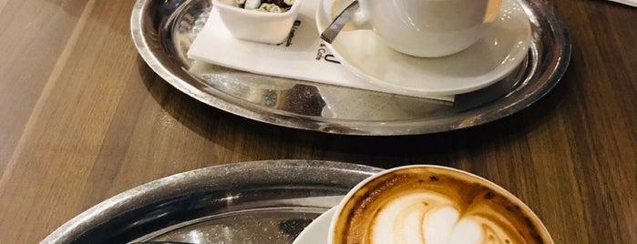 Netto Cafe & Restaurant is one of Orte, die Gizemli gefallen.