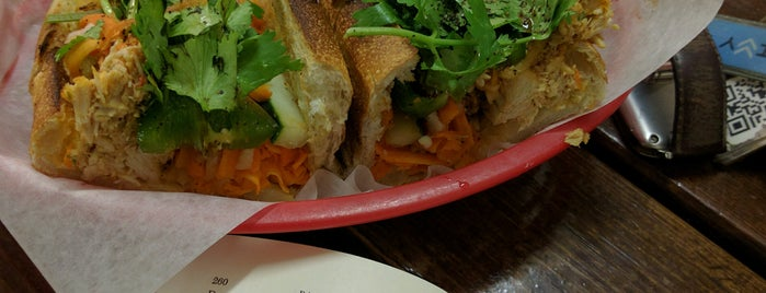 Bánh Mì Baget is one of Logan square.