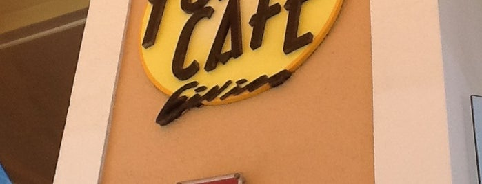Forn Café is one of Evgeny 님이 좋아한 장소.