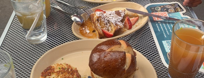 Snooze, an A.M. Eatery is one of Phoenix Area to do/eat.