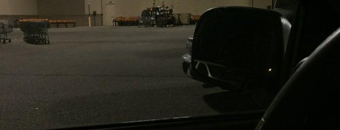 Walmart Supercenter is one of rorybn1p 님이 저장한 장소.