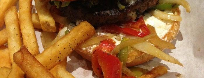 Chili's Grill & Bar is one of Tempat yang Disukai Mark.