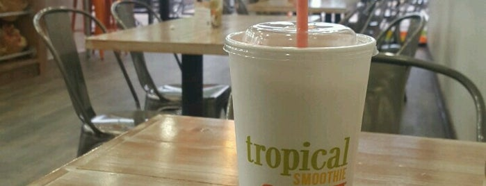 Tropical Smoothie Cafe is one of Sithaさんのお気に入りスポット.