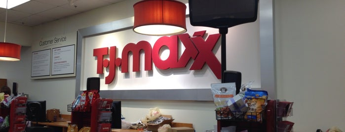 T.J. Maxx is one of Lieux qui ont plu à Wailana.
