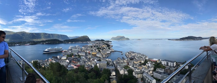Aksla is one of Alesund.