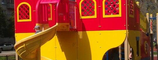 детская площадка is one of สถานที่ที่ Egor ถูกใจ.