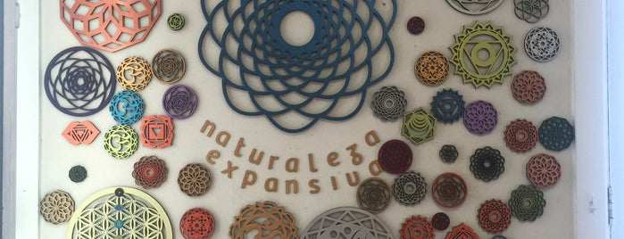 Mandala Naturaleza expansiva is one of Locais curtidos por Ely.