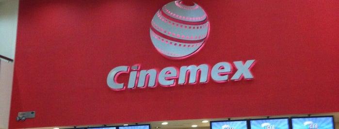 Cinemex Premium Metepec is one of Nelly'in Beğendiği Mekanlar.