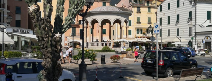 Rapallo is one of COTE D'AZUR AND LIGURIA THINGS TO DO.