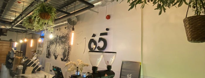 65° Cafè is one of Eastern b4.