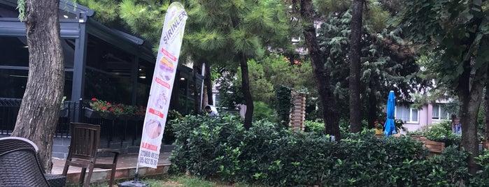 5. Kısım Çarşısı is one of Lugares favoritos de Ali.