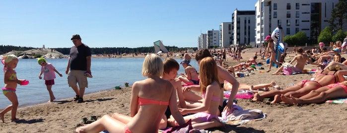 Aurinkolahden uimaranta is one of HelsinkiToDo.