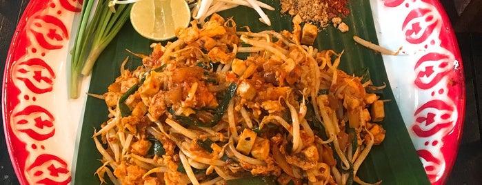 Baan Phadthai is one of 방콕.