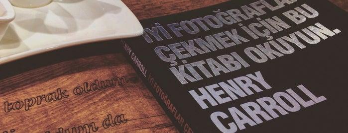 Çizgi Kitap & Cafe is one of สถานที่ที่บันทึกไว้ของ Emre.