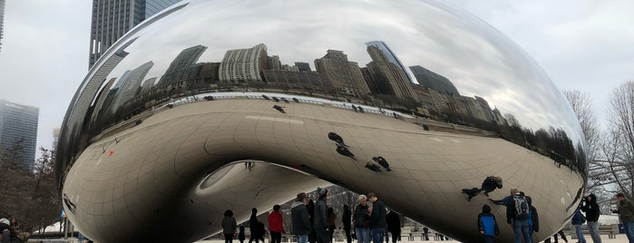 Cloud Gate by Anish Kapoor is one of Lugares favoritos de Alberto J S.