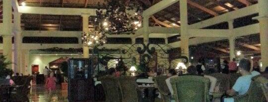 Bahia Principe Lobby Bar is one of Tempat yang Disukai Ms. Damaris.