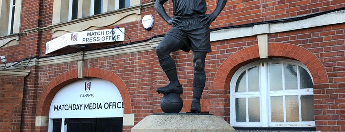 The Johnny Haynes Statue is one of London.