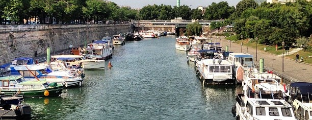Port de l'Arsenal is one of Paris: what to do, where to go.