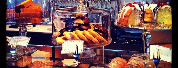 Dolci & Caffè - Bindi is one of Lunch Milano.