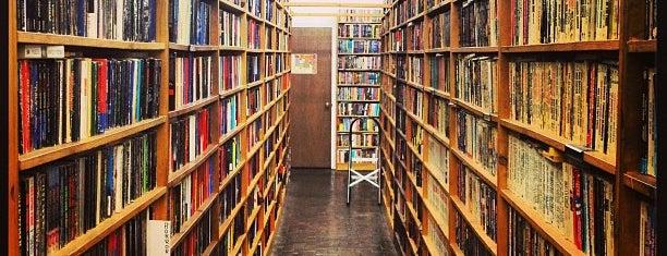 COAS Books is one of Gespeicherte Orte von Gabriella.